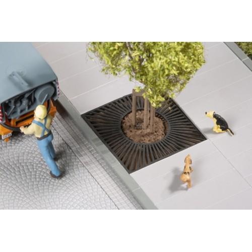 AU42658 Tree grilles