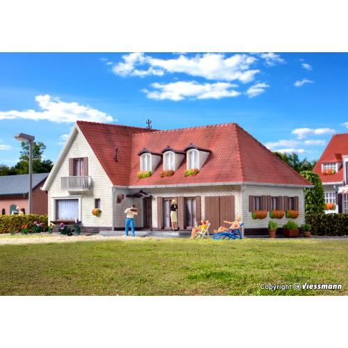 KI38334 H0 Villa Elbchaussee