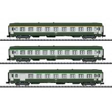 """T15372 """"Orient Express"""" Express Train Passenger Car Set"""