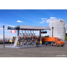 KI39834 MIRO filling station with SCANIA road tanker