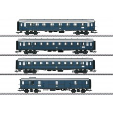 042228 Express Train Passenger Car Set for the Class E 17
