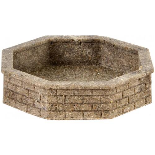 VO48761 Brick fountain