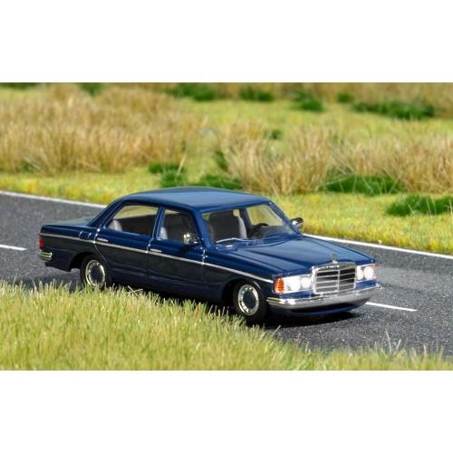 BU5661 Mercedes-Benz W 123
