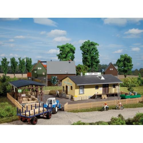 AU11374 Rural parts depot