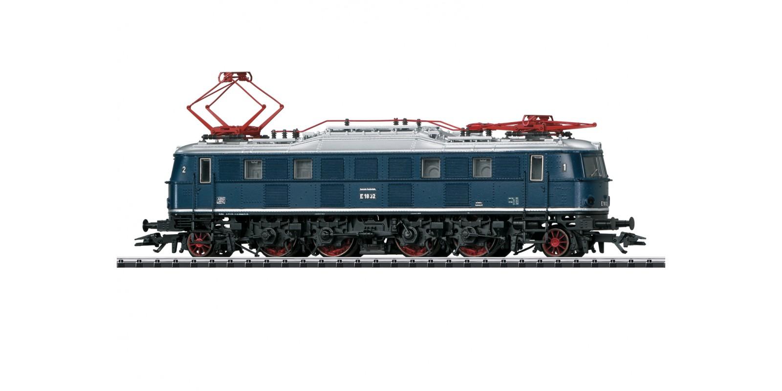 T22451 Class E 18 Electric Locomotive