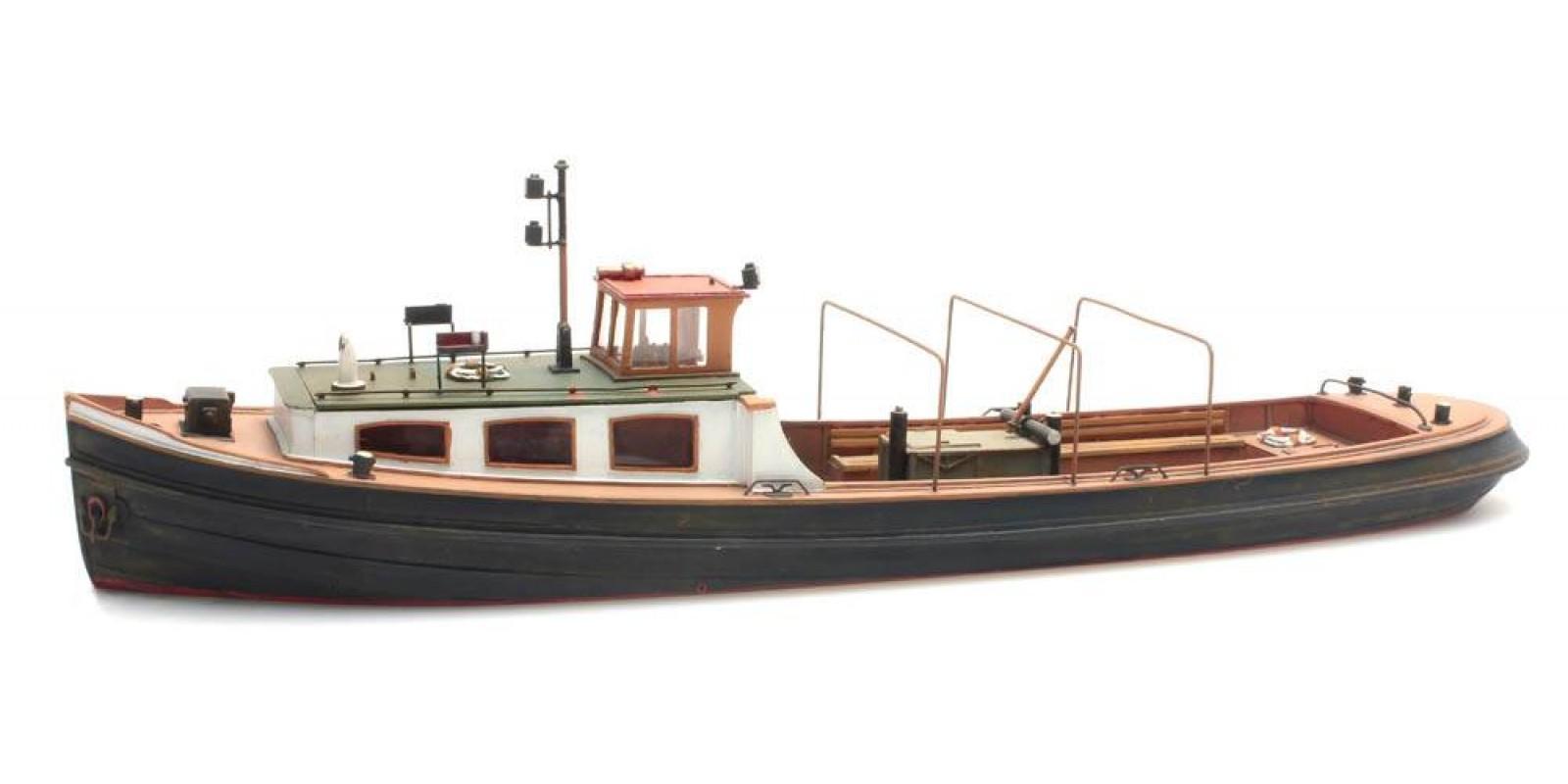 AR50.106 Barge unpainted