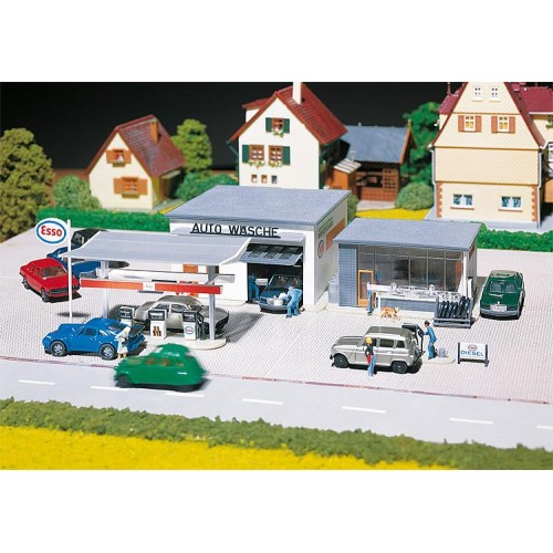 FA130296 Filling station and car wash