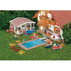 FA180542	 Swimming pool and utility shed