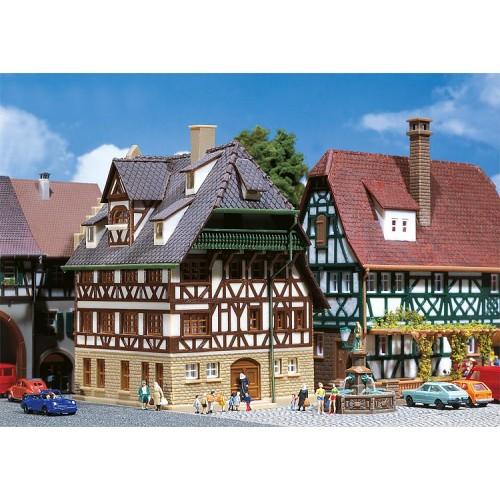FA232280 Franken Tudor house