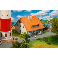 FA130671 Lighthouse keeper house