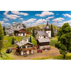 FA190075  Promotional Set Swiss sweet village