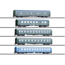"42982 ""GDR German State Railroad"" Passenger Car Set"