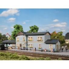 AU11329 Radeburg station