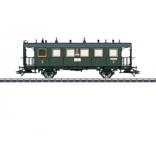 42081 Bavarian Design Passenger Car