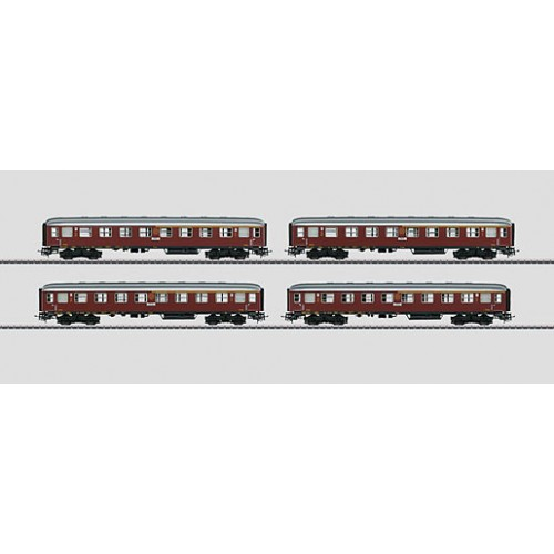 "40301 ""Tin-Plate"" Passenger Car Set. ABo24"
