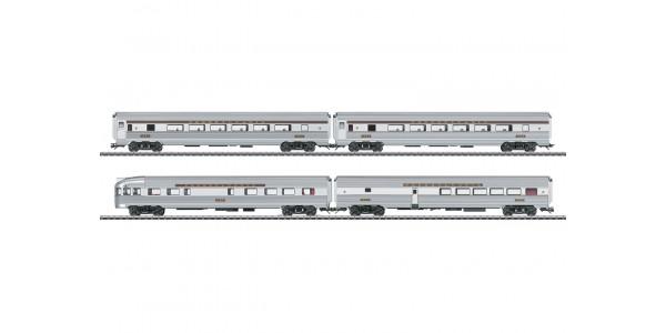 43616 Four Streamliner Passenger Cars