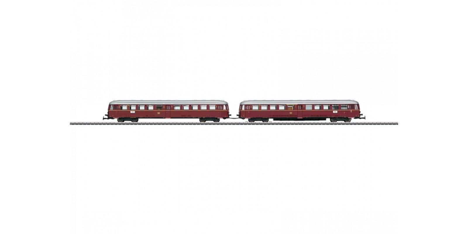 30760 Class ETA 150 Battery-Powered Rail Car with a Class ESA 150 Control Car