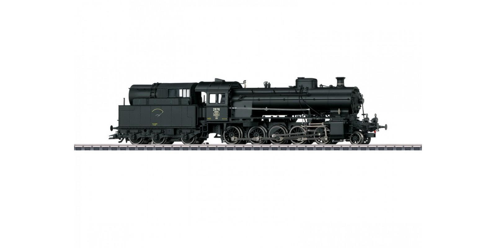 "39251 Class C 5/6 ""Elephant"" Steam Locomotive with a Tender"