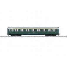 """43212 """"Schürzenwagen"""" / """"Skirted Passenger Car"""", 1st Class"""