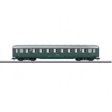 """43214 """"Schürzenwagen"""" / """"Skirted Passenger Car"""", 2nd Class"""