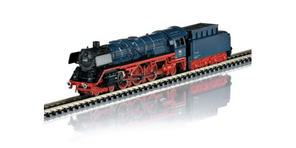 88012 Class 01 DB Steam Locomotive with a Tender
