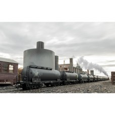"00727 Display with 12 ""Standard Design Tank Cars"""
