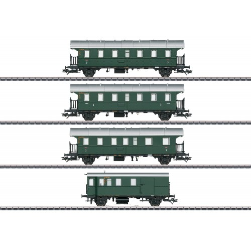 43146 Passenger Car Set with a Cab Control Car