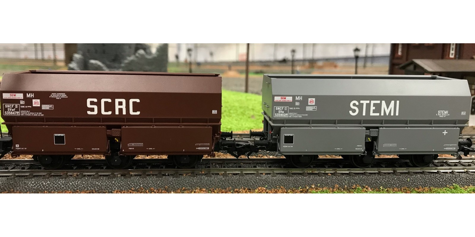 "REWB372 SET of 2 COKE MH45 ""Léonard"" Wheels, 3 axles wheels ""SCRC"" Brown and ""STEMI"" Grey, black Frame Era III"