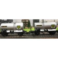 REWB456 SET of 2 SNCF Ep.III Tank Wagons with BP Metal Plate