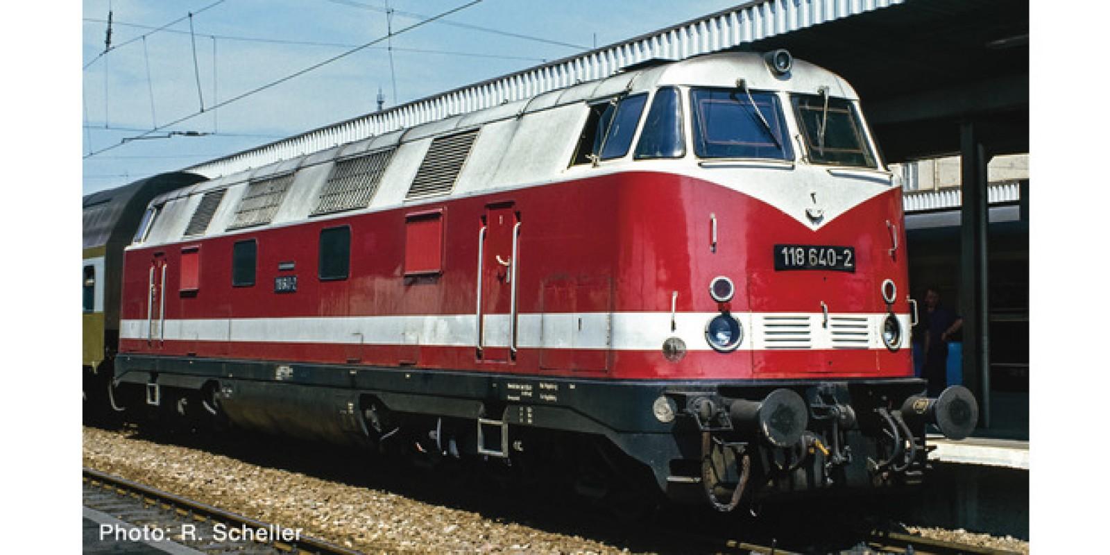 RO73893 - Diesel locomotive class 118, DR