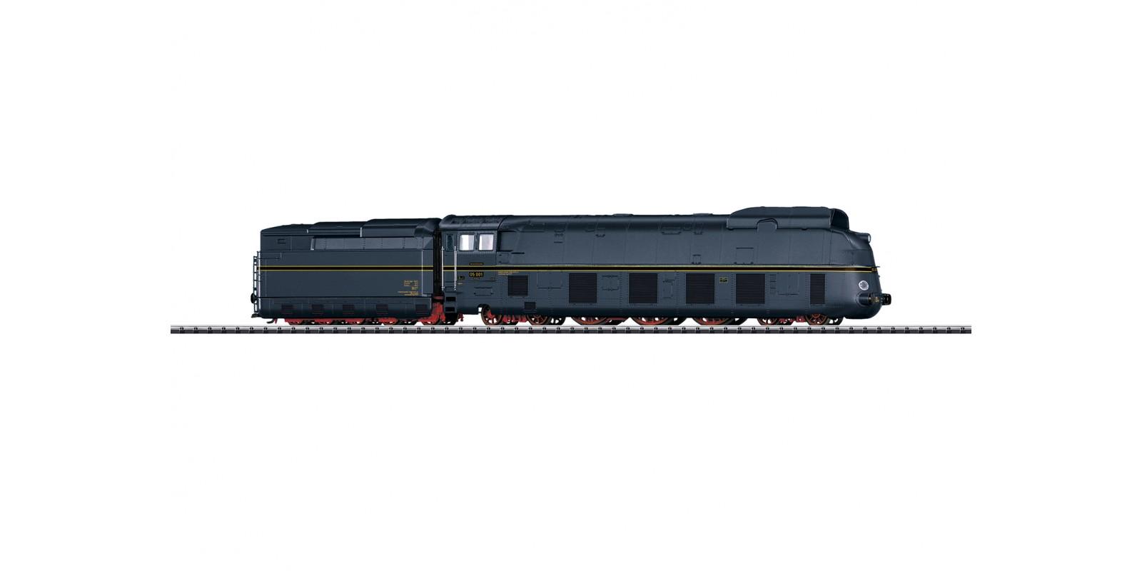 T22917 Streamline express steam locomotive with Tender BR 05