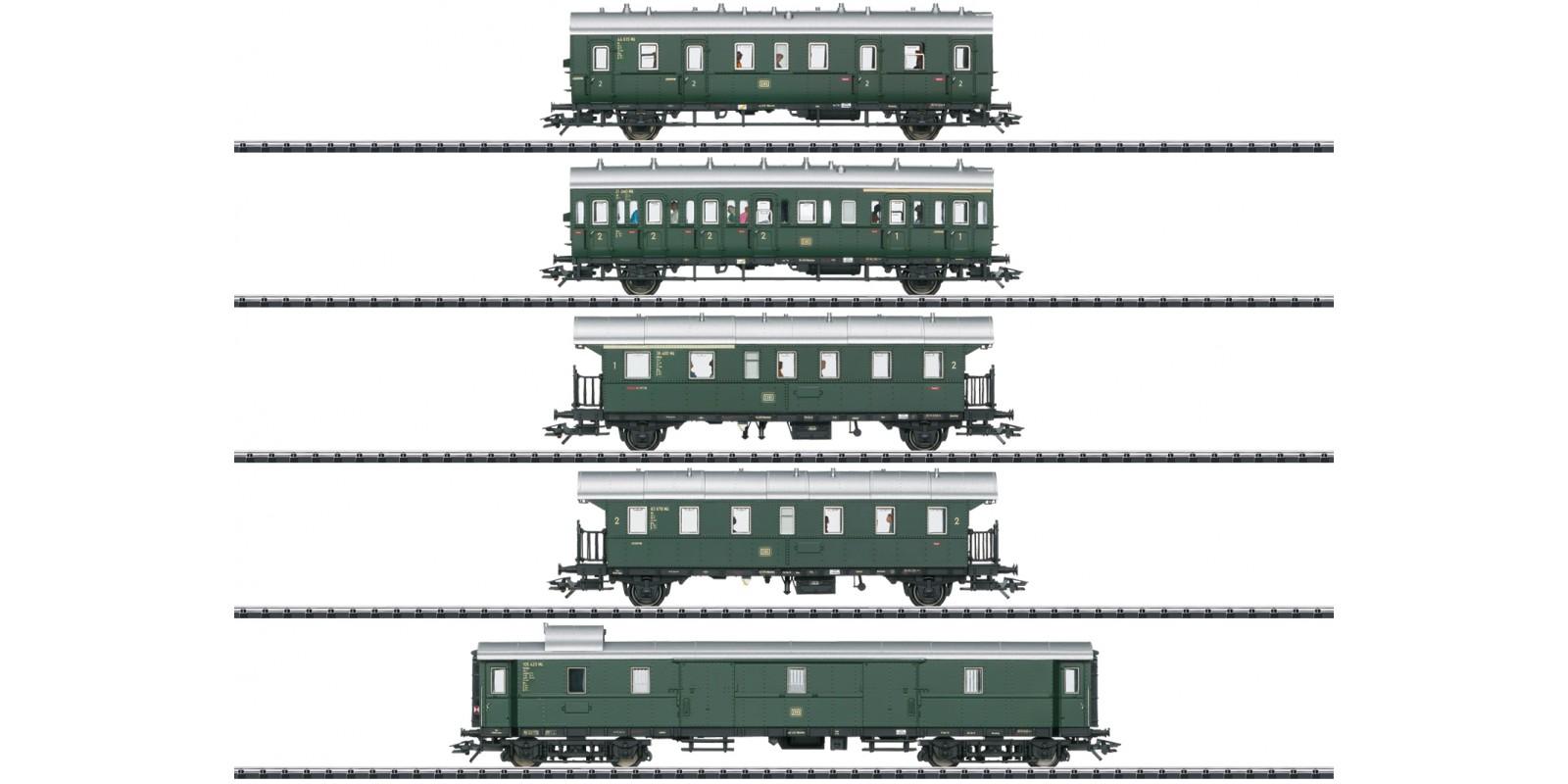T23458 Passenger Car Set for the Cla