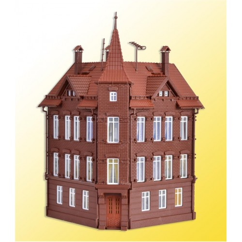 VO43807 H0 Railman`s house, corner house