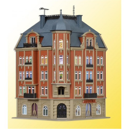 VO43811 H0 Corner house Schlossallee 1