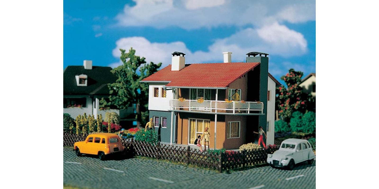 VO49220  Family house double